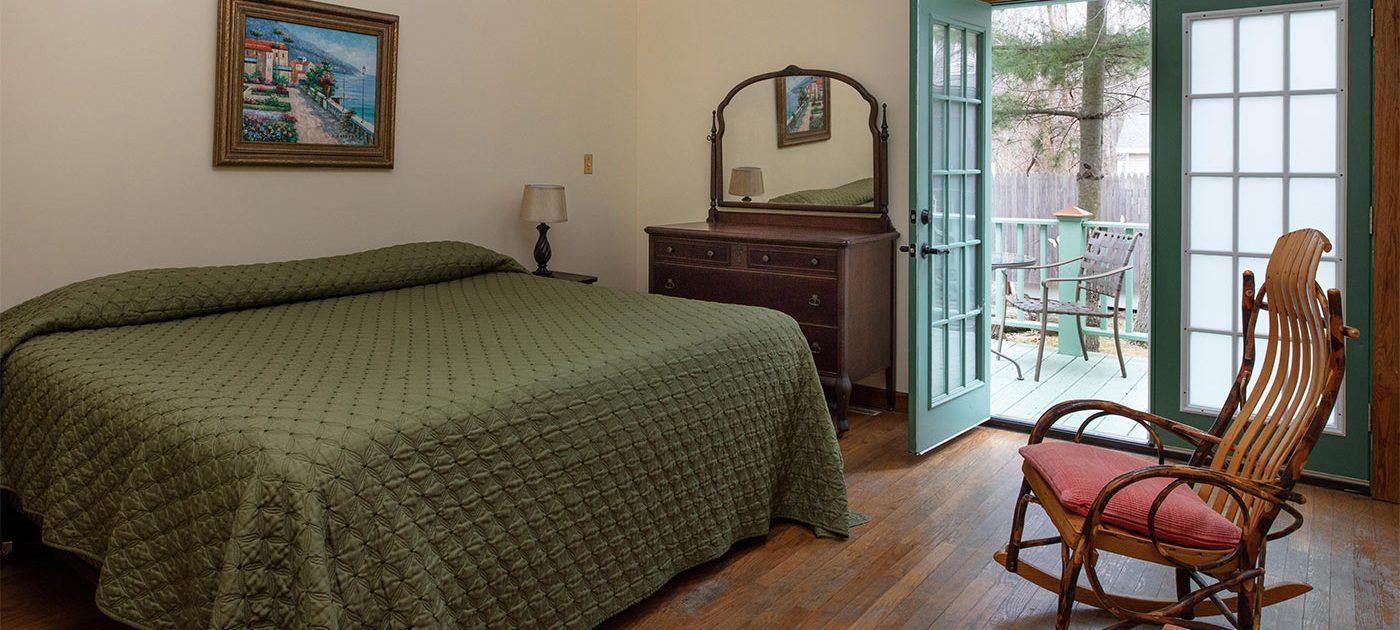 Gordon Beach Inn Rooms